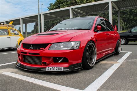 mitsubishi evolution 9 loud revs flames and acceleration slammed