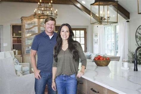 fixer upper stars chip and joanna gaines plan to open hgtv s fixer upper is ending hosts chip and joanna