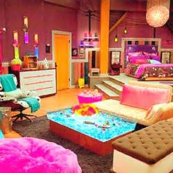 Coolest Bedrooms Ever Icarly Has The Best Bedroom Ever Bedrooms Pinterest