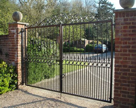 metal backyard gates glasson metalworks steel fabricators 01707 262662