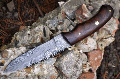 Handmade Bushcraft Knives Uk - handmade damascus bushcraft knife burl walnut wood
