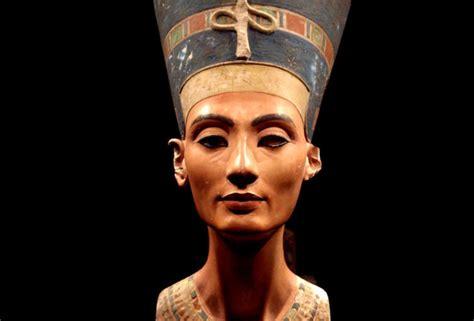 imagenes de reinas egipcias reinas egipcias que gobernaron bajo la sombra y el