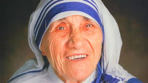 santa teresa de calcuta bienvenida a la luz de los perfil madre teresa de calcuta una vida dedicada a los