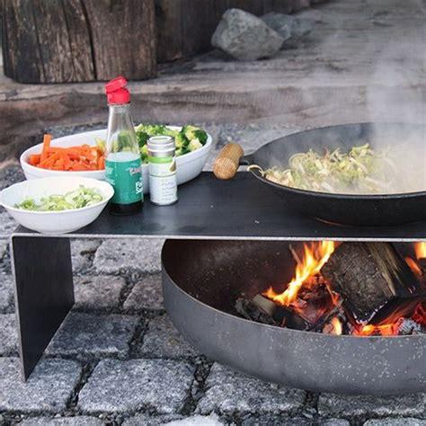 feuerstelle todesstern kaufen die besten 25 feuerschale mit grill ideen auf