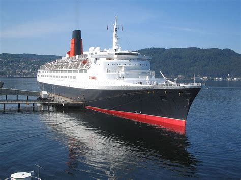 elizabeth ii ship the elizabeth ii is being turned into a hotel in a