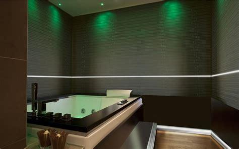 illuminare il bagno come illuminare il bagno alla perfezione il design