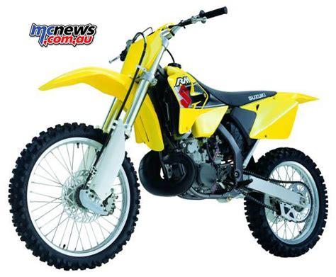 2001 Suzuki Rm250 by Flashback 2001 Suzuki Rm125 Suzuki Rm250 Mcnews Au