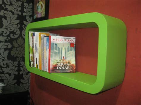 Rak Buku Gantung Surabaya rak buku gantung minimalis safana furniture
