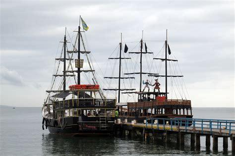 barco pirata florianopolis preço passeio no barco pirata em canasvieiras florian 243 polis sc