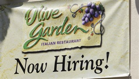 olive garden lobster scale back employee work hours