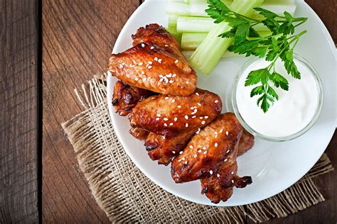 don t wing it here s the best way to make chicken wings