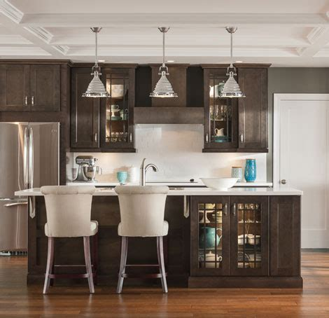 Kitchens With Dark Brown Cabinets by Affordable Kitchen Amp Bathroom Cabinets Aristokraft
