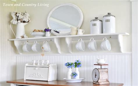 country kitchen shelf 5 kitchen decorating tips to personalize your cooking