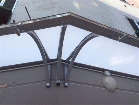 tettoie alluminio pensilina in alluminio