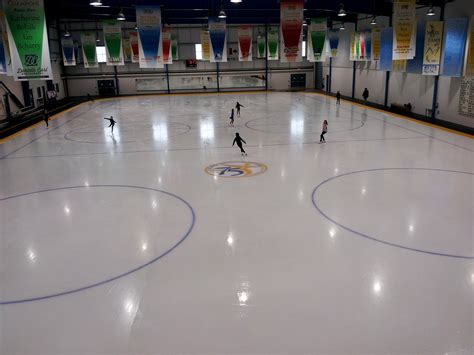Skating Kitchener by Wall Decals And Window Speedpro Canada