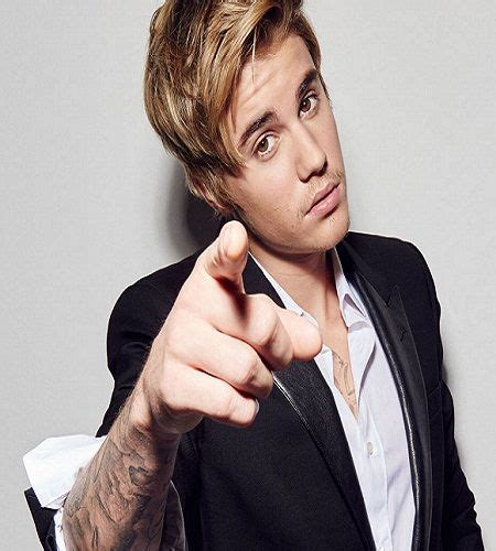 biography justin bieber english the 25 best justin bieber biography ideas on pinterest