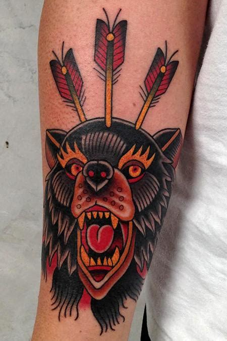 american traditional bear tattoo mad by jonathan montalvo tattoonow