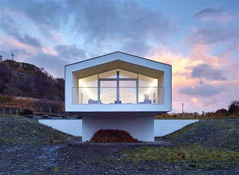 cantilever homes cantilevered holiday home frames views of scotland s small