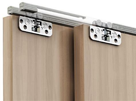 binario per ante scorrevoli a soffitto binari per ante scorrevoli confortevole soggiorno nella casa