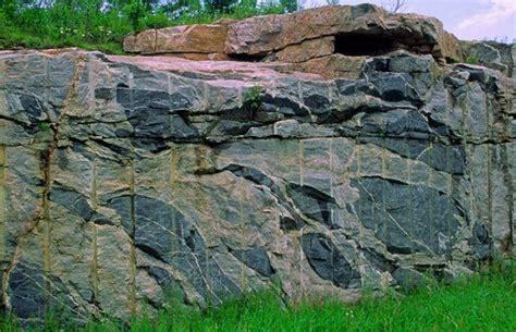 Which Came Granite Or Schist - xenoliths of hibolite and biotite schist in granite