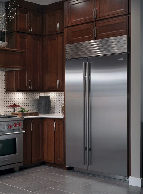 Kitchen Cabinets Madison Wi by Sub Zero Bi48sid 48 Quot Built In Side By Side Refrigerator