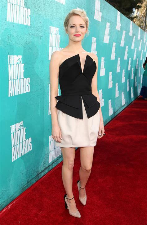emma stone dress emma stone wore a black and white dress for the mtv movie
