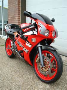Honda Vfr 400 Nc30 Honda Vfr 400 R Nc30 400cc Unit 1 Cars The Suffolk Auto Trader