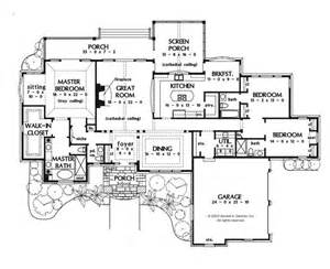a perfect one story house plan huge master bedroom with sitting and wic screened in porch with