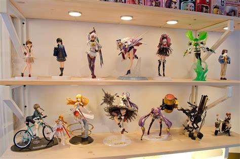 Figure Shelf by Wars Display Shelf Grosir Baju Surabaya