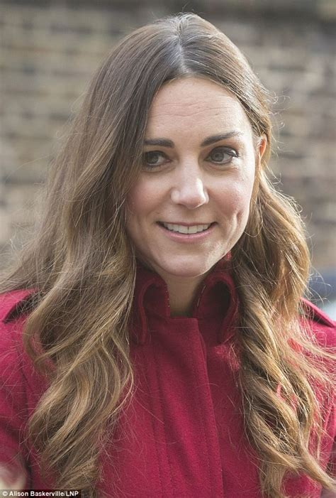 kate middleton has grey hair wrinkles is a real live