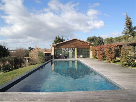 louer une avec piscine en maison moderne