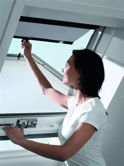 Velux Elektro Rollladen 720 by Dachfenster Designs Dekofactory