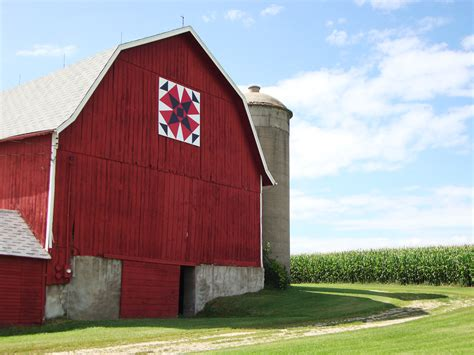 Shawano Barn Quilts more barn quilts in shawano county quilt addicts anonymous