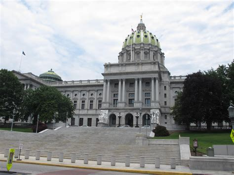 pennsylvania house nonbelievers sue over pennsylvania house s opening prayers