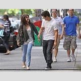 Selena Gomez And Taylor Lautner Kissing   400 x 307 jpeg 30kB