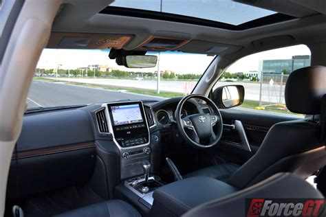 land cruiser interior 2016 toyota landcruiser interior forcegt com