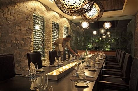 restaurant with private dining room navo at intercontinental fiji golf resort and spa