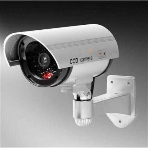 fausse camera extérieure de vidéosurveillance