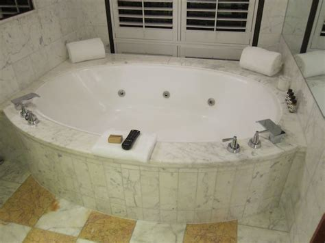 bathtub melbourne review park hyatt melbourne one mile at a time