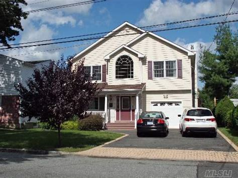 Valley Houses For Sale by 14 Ln Valley New York 11581 Foreclosed