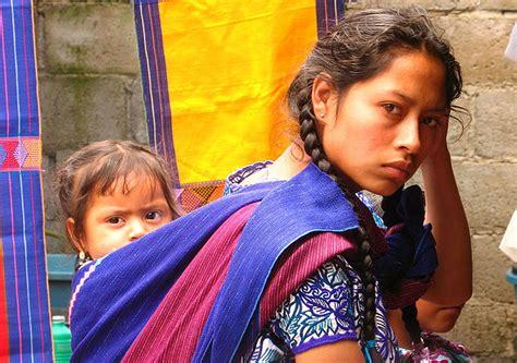 imagenes de mujeres indigenas entre la tradici 243 n y el cambio mujeres j 243 venes ind 237 genasde