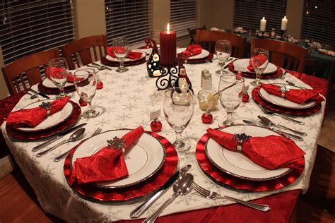 christmas dinner table settings 40 christmas dinner table decoration ideas all about
