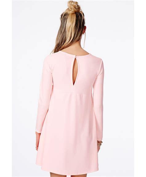 peach swing dress missguided ozza peach crepe swing dress in pink lyst