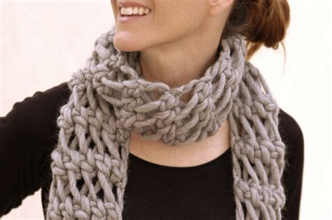 show me how to knit a scarf scarf patterns knitting bulky yarn crochet and knit