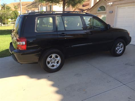 How Much Is A Toyota Highlander 2005 Toyota Highlander Overview Cargurus