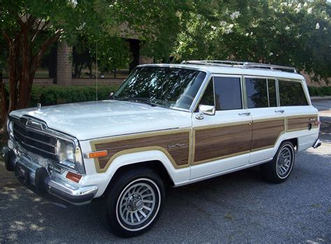 jeep wagoneer white 1988 jeep grand wagoneer 4x4 116099