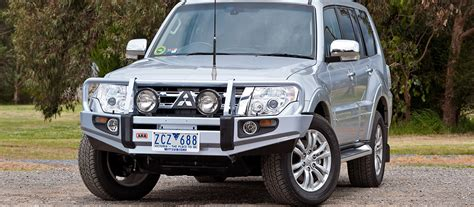 mitsubishi pajero suspension arb 4 215 4 accessories emu arb 4x4 accessories