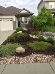landscaping low maintenance best 25 low maintenance landscaping ideas on