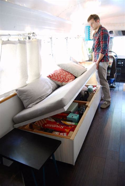 s2 desain indonesia julie and andrew s cozy home in a blue bird school bus