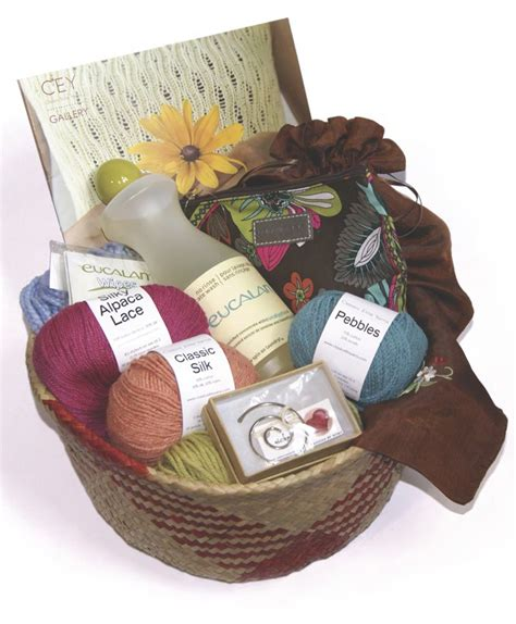 knitting gift ideas for knitters gift baskets for knitters gift ftempo